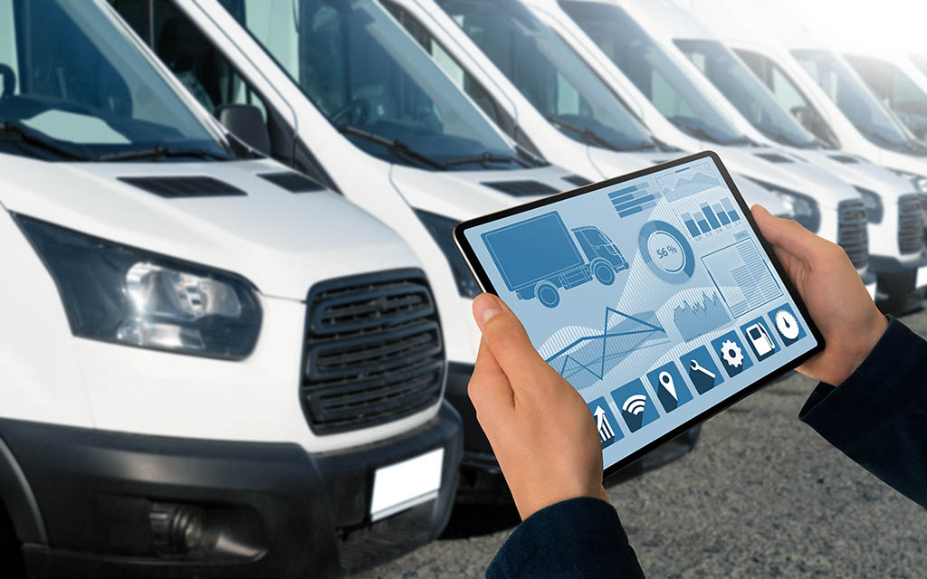 Geolocation and vehicle utilization, maintenance management, fuel consumption monitoring, anti-theft measures... Digital tools are your main allies to increase the efficiency of your fleet.