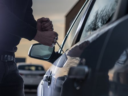 4 solutions to protect your vehicles from theft